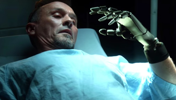 prison-break-season-5-robert-knepper-t-bag-robot-hand